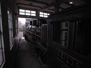 C51 239(梅小路蒸気機関車館:京都):GR DIGITAL、21mm相当(GW-1ワイコン)、1/640sec、F2.8、ISO100、マニュアル露出