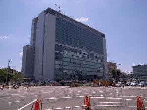 新横浜:GR DIGITAL、28mm相当、1/440sec、F7.1、ISO64、-0.3EV、プログラムAE