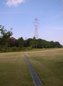 送電線:GR DIGITAL、28mm相当、1/620、F3.5、ISO64、-0.3EV、プログラムAE