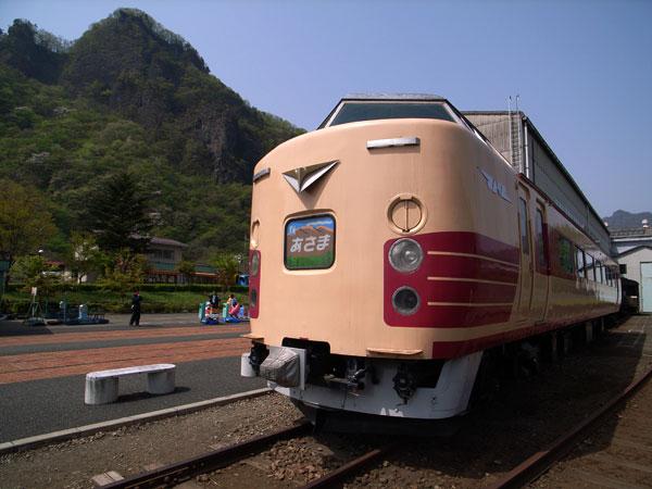 碓氷峠鉄道文化むら:GR DIGITAL、ワイドコンバージョンレンズGW-1、21mm相当、1/380sec、F7.1、ISO64、-0.7EV、プログラムAE