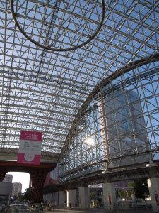 金沢駅:GR DIGITAL、28mm相当、1/660sec、F3.5、ISO64、-0.3EV、プログラムAE