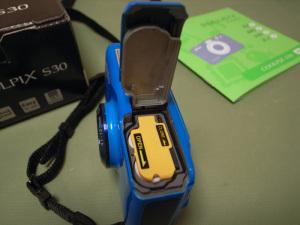 Nikon COOLPIX S30(Ricoh GR DIGITALで撮影)