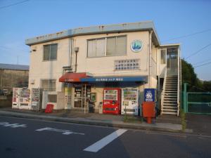 波止場食堂出田町店(横浜市神奈川区):Rocoh GR DIGITAL、28mm相当、F3.5、1/620秒、ISO64、-0.3EV、プログラムAE