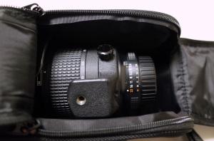 Nikon レンズセミソフトケースCL-M2 + AI AF Zoom-Nikkor 80-200mm f/2.8D ED <NEW> + Fotodiox 花型フード逆付け