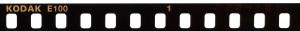 【写真上から2番目】Kodak Ektachrome E100の潜像情報。Kodak E100と0041011という番号がある