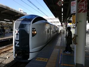 成田エクスプレス(JR池袋駅):Huawei P20 lite(ANE-LX2J)、3.81mm(35mm版26mm相当)、F2.2開放、1/403.1秒、ISO50、プログラムAE、AWB