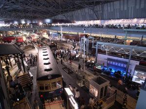 鉄道博物館3:GR DIGITAL、21mm相当(GW-1ワイドコンバージョンレンズ)、1/4sec、F2.4、ISO100、絞り優先AE、マニュアルISO感度