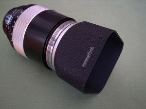 Macro Apo-Lanthar 125mm F2.5SLと付属の金属製縮緬塗装フード(バヨネット式)
