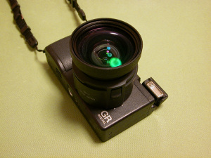 Ricoh GR DIGITAL + GH-1 + GW-1 (Nikon Coolpix 2500で撮影)