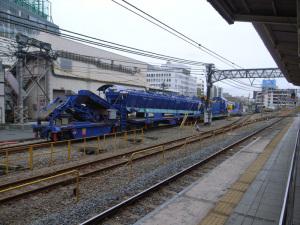 Plasser & Theurer社製 MFS50通称「青太郎」(JR池袋駅):GR DIGITAL、28mm相当、F3.5、1/470秒、ISO64、プログラムAE、AWB