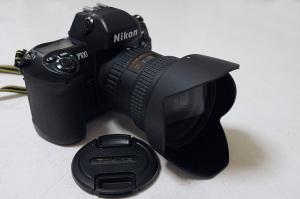 Tokina AT-X 124 PRO DX II 12-24mm F4 + Nikon F100