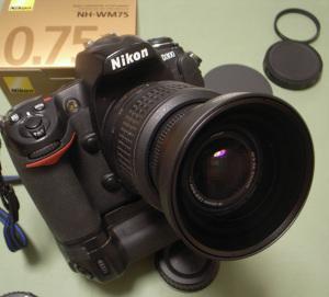 ニコンワイドコンバーターアタッチメントNH-WM75 + AF-S DX NIKKOR 18-55mm F3.5-5.6G VR + Nikon D300 + MB-D10