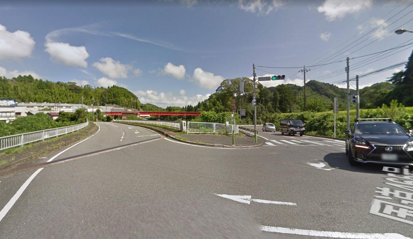 国道465号黒原交差点(Googleストリートビュー)